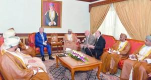وزير السياحة يلتقي وفد مجلس الأعمال العماني الروسي