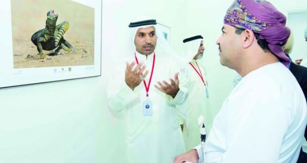«45» صورة تزين أروقة جمعية التصوير الضوئي بالمعرض «العماني البحريني»
