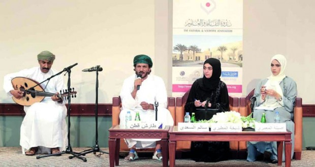 حضور أدبي عماني عبر الشعر والموسيقى والفنون في سماء دبي