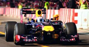 """انطلاق عرض سيارة ريد بُل لـ """"الفورمولا 1″ في مسقط.. الجمعة القادم"""
