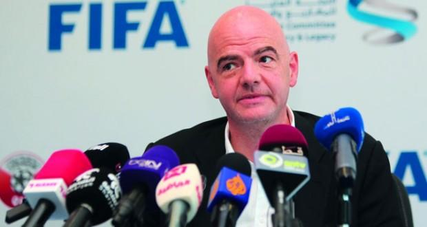 إنفانتينو : إقامة مونديال 2022 في قطر وانشاء لجنة لمراقبة ظروف العمال