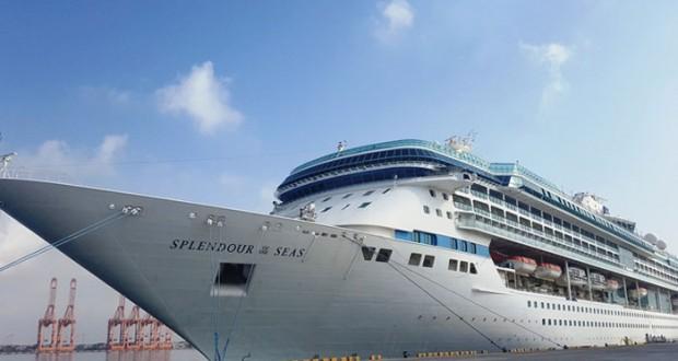 ميناء صلالة يستقبل 4 سفن سياحية