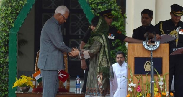 الهند: تعيين امرأة على رأس حكومة (كشمير الهندية) للمرة الأولى