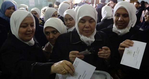سوريا: مع استئناف (جنيف) .. الناخبون يقترعون لاختيار برلمان جديد وإقبال كثيف في مختلف المحافظات