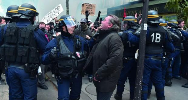 فرنسا : مظاهرات جديدة ضد قانون العمل واشتباكات عنيفة مع الأمن
