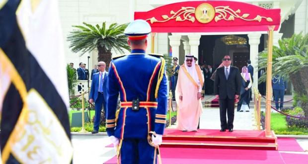قمة مصرية سعودية تبحث قضايا المنطقة وتدعيم العلاقات الثنائية