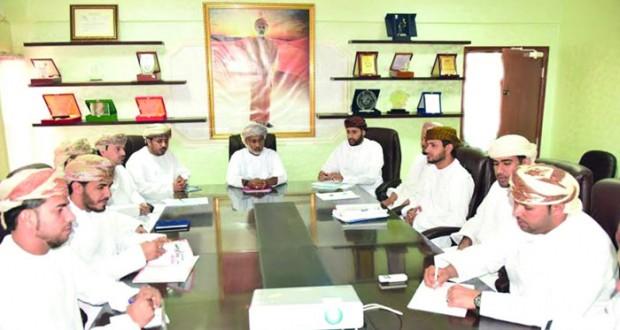 فريق إدارة الجودة يقوم بزيارة تدقيقية على نظام الجودة بتعليمية الوسطى