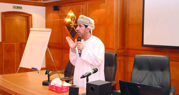 لقاء تعريفي بين تطبيقية نزوى ومسؤولي الهيئة العامة للإذاعة والتلفزيون