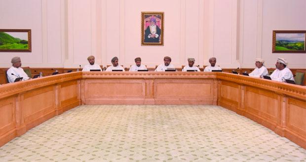 لجنة معالجة تداعيات الأزمة الاقتصادية على المجتمع تواصل مناقشة مقترحاتها لتعزيز الاقتصاد الوطني