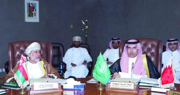 أسواق المال الخليجية تناقش مقترحا لتأسيس جهاز مركزي لتنظيم جهود التكامل