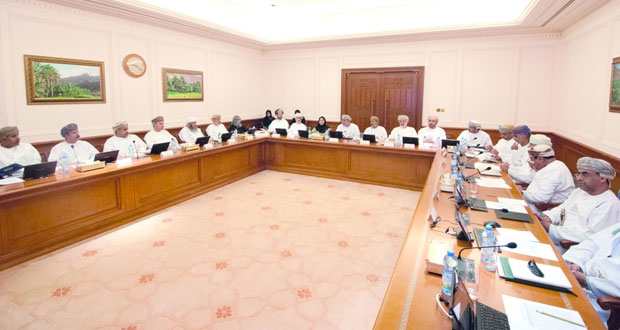 لجنة التعليم بالدولة تستضيف عددا من المسؤولين في مجال البحث العلمي