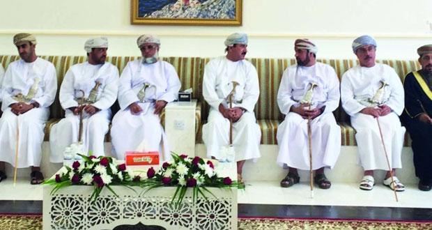 وزير المكتب السلطاني يرعى افتتاح المجلس العام بحي العزيزي بضنك