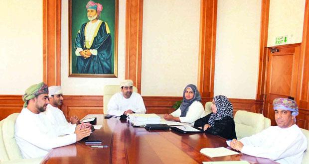 وزارة الإسكان تسند مشاريع جديدة بعدد من المحافظات