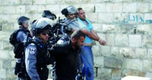 اعتقال 7 مقدسيين بحملة على (سلوان) واستدعاء فلسطينية لمحكمة الاحتلال العسكرية