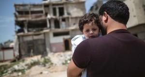 في يومهم .. العمال الفلسطينيون يواجهون ظروفاً صعبة