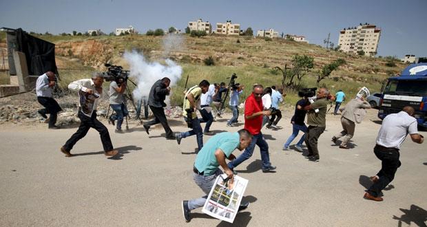 الاحتلال ينكل بالفلسطينيين فـي كامل الأراضي الفلسطينية المحتلة