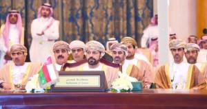 وزير الداخلية يترأس وفد السلطنة في تشاوري وزراء داخلية (التعاون) .. ودعوات إلى مواجهة التهديدات المحيطة بالأمن الخليجي
