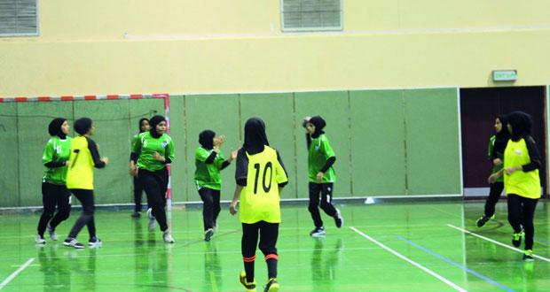 21 فريقا في نهائيات دوري الألعاب الجماعية والفردية للفتيات.. الخميس القادم