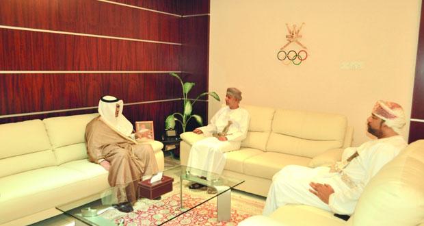 رئيس اللجنة الأولمبية العمانية يستقبل سفير المملكة العربية السعودية بالسلطنة
