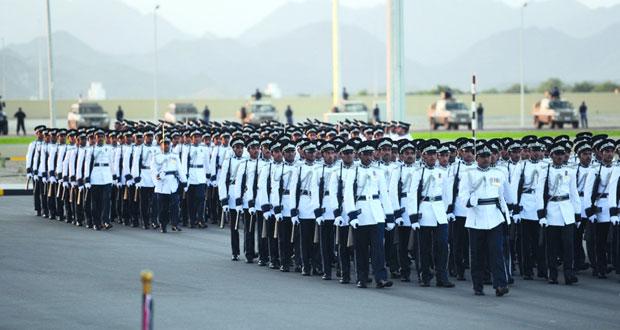 شرطة عمان السلطانية تحتفل بافتتاح وحدة شرطة المهام الخاصة بولاية إبراء وتخريج فصائل من الشرطة المستجدين