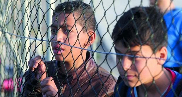 الفلسطينيون يبحثون (الأفكار الفرنسية) ويلاحقون الاحتلال أمام (الجنائية)