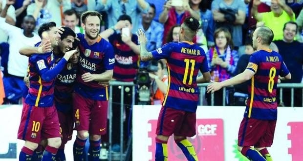 برشلونة.. فريق توج بالدوري الأسباني مرتين خلال موسم واحد