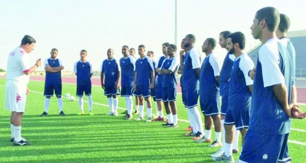 المركز الترفيهي بمنح ينظم دورة إعداد مدربي كرة القدم للمستوى D