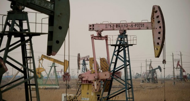 """نفط عمان يرتفع بمقدار 47 سنتًا و""""برنت"""" فوق 50 دولاراً لمؤشرات بانكماش فائض الإمداد"""