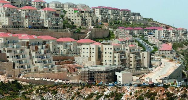 قوات الاحتلال تصعد من التنكيل بالفلسطينيين وتشن حملة دهم واعتقالات