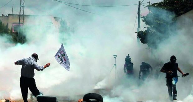 استمرار القصف المتبادل على حدود غزة وحماس لا تريد الحرب ولن تسمح بـ(العازلة)