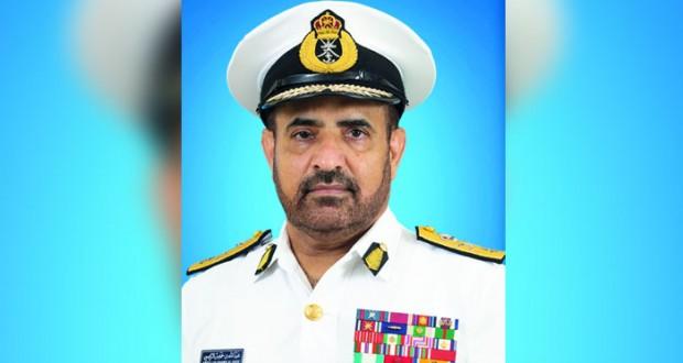 قائد البحرية السلطانية العمانية يعود الى البلاد