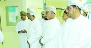مستشفى صور يدشن مشروع أجهزة تنقية الهواء من الميكروبات بمبلغ 12 ألف ريال عماني