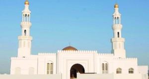 وزير المكتب السلطاني يفتتح جامع السلام بولاية المضيبي