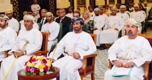 وزير ديوان البلاط السلطاني يرعى حفل تخريج الدفعة الأولى من البرنامج الوطني للرؤساء التنفيذيين
