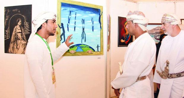 """افتتاح معرض """"مرافئ"""" للفنون التشكيلية بالكامل والوافي وإعلان نتائج الاعمال الفنية الفائزة"""