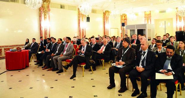 ندوة استثمر في عمان تستعرض المناخ الاستثماري والحوافز التي تقدمها السلطنة للمستثمرين