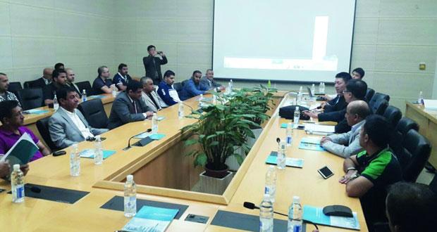 وفد الغرفة يزور المنطقة الحرة بشنغهاي.. وكوانزو تستضيف ملتقى رجال الأعمال العماني الصيني اليوم