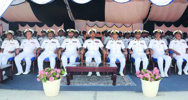خروج سفينة البحرية السلطانية العمانية (خصب) من الخدمة