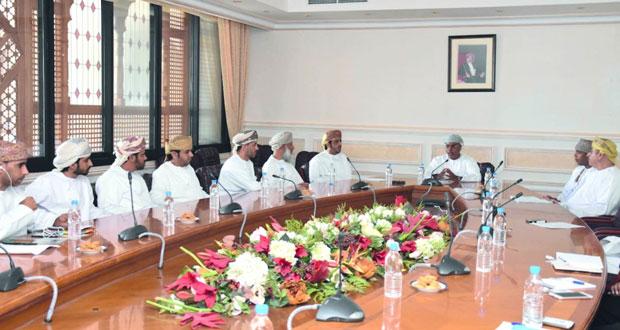 مجلس المناقصات ينظم حلقة نقاشية للمؤسسات الصغيرة والمتوسطة في النقل البري