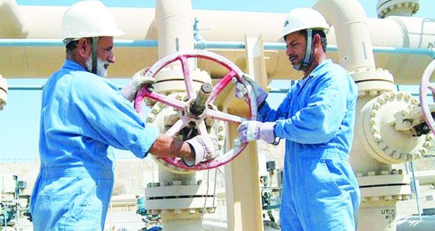 أكثر من 210 آلاف إجمالي العمانيين العاملين في القطاع الخاص بنهاية أبريل الماضي