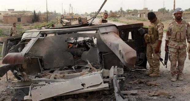 العراق: التظاهرات تبتعد عن (التحرير) وقتلى عسكريون بهجوم إرهابي في الأنبار