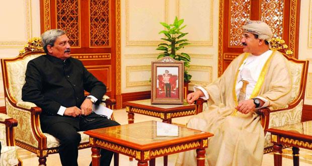 وزير المكتب السلطاني يستقبل وزير الدفاع الهندي