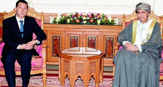 فهد بن محمود يستقبل مستشار الدولة نائب رئيس الوزراء بجمهورية الصين