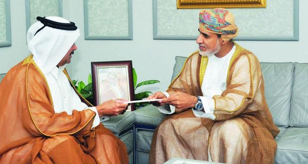 فهد بن محمود يتلقى رسالة خطية من رئيس الوزراء القطري