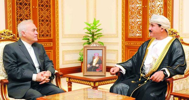 وزير المكتب السلطاني يستقبل السفير الإيراني