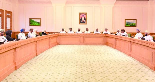 لجنة الشباب بالشورى تلتقي بعدد من المهتمين والمعنيين بقضايا الشباب