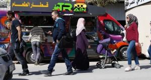 الفلسطينيون يقدمون أرشيف ملصقاتهم إلى (يونسكو)