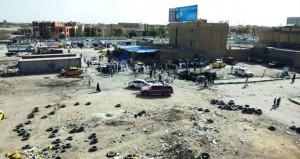 العراق: 100 قتيل وجريح في (مفخختين) لـ(داعش) .. والآلاف يعتصمون بـ(الخضراء)