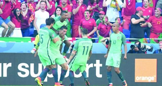 رونالدو يصحو متأخرا ويؤهل البرتغال بعد تعادل مثير مع المجر