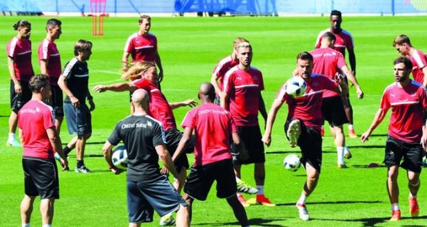 في كأس أوروبا : مواجهة الضيوف الجدد في الأدوار الإقصائية بين سويسرا وبولندا